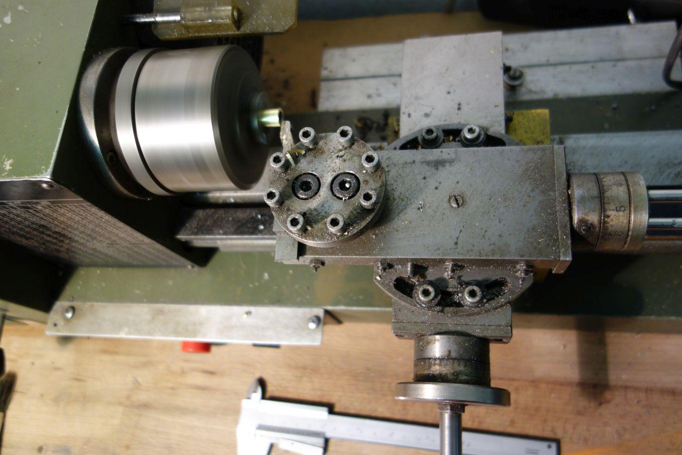 Herstellung der Messingbuchsen für einfachen Anbau an BlackBlock 1
